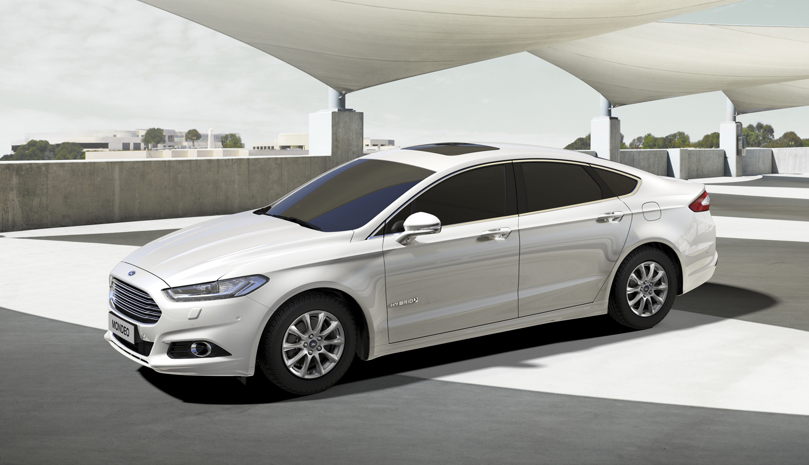Ford-Mondeo-Hybrid-1.062