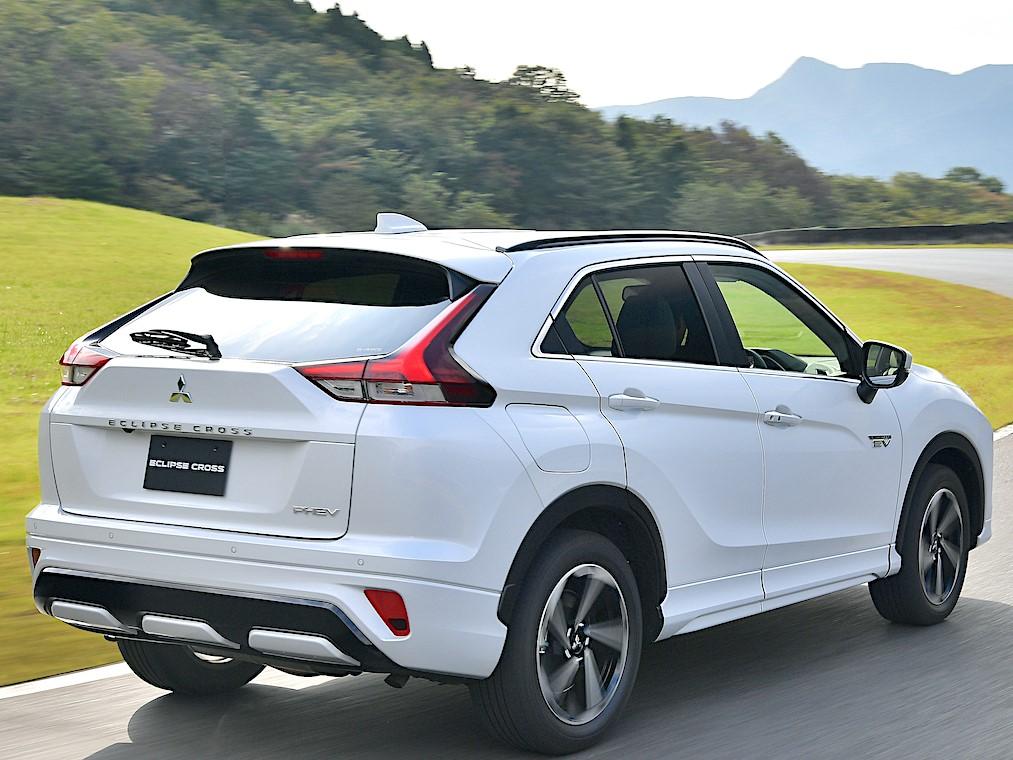 nuova-Mitsubishi-Eclipse-Cross-Phev