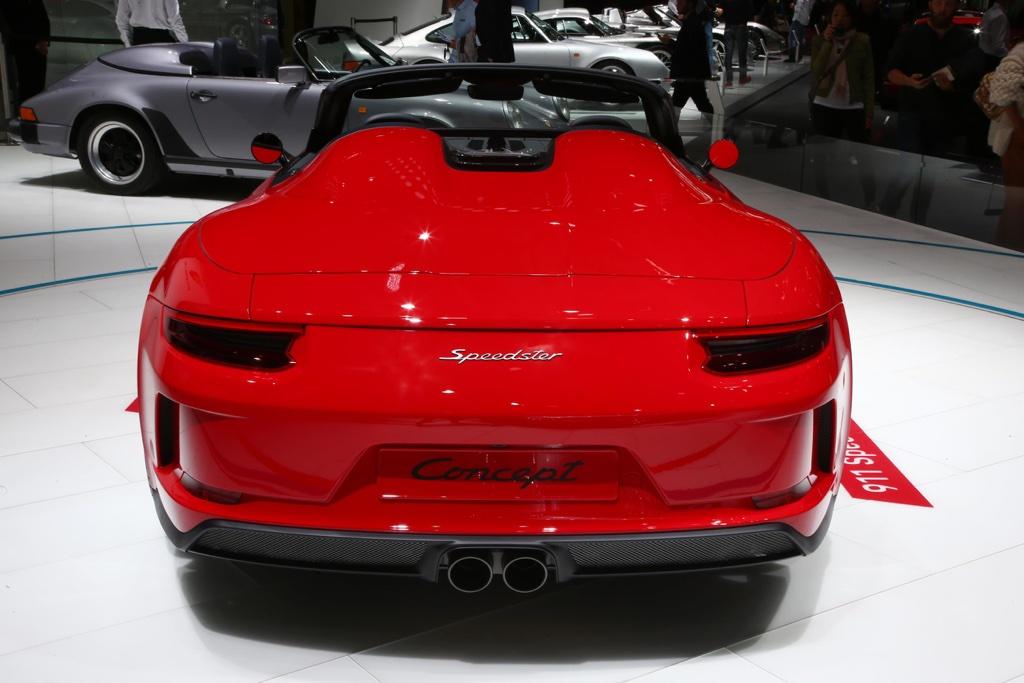 Motore di Porsche 911 Speedster al Salone di Parigi 2018