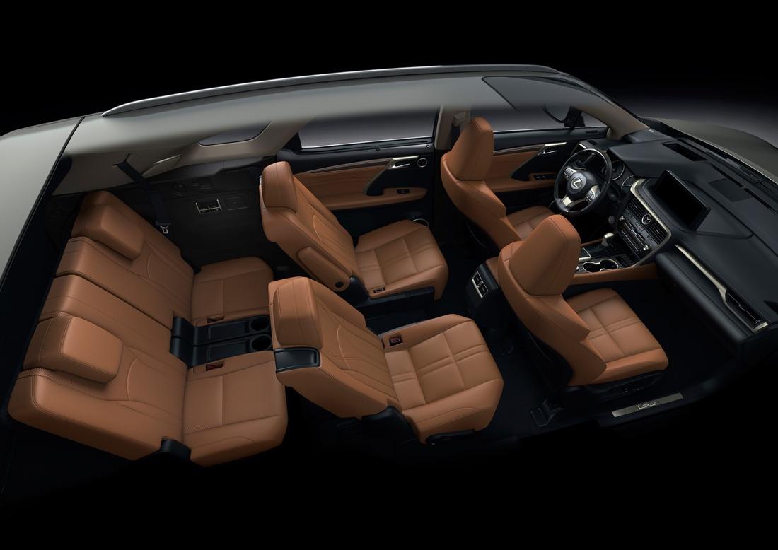 Lexus RX 2020 7 posti