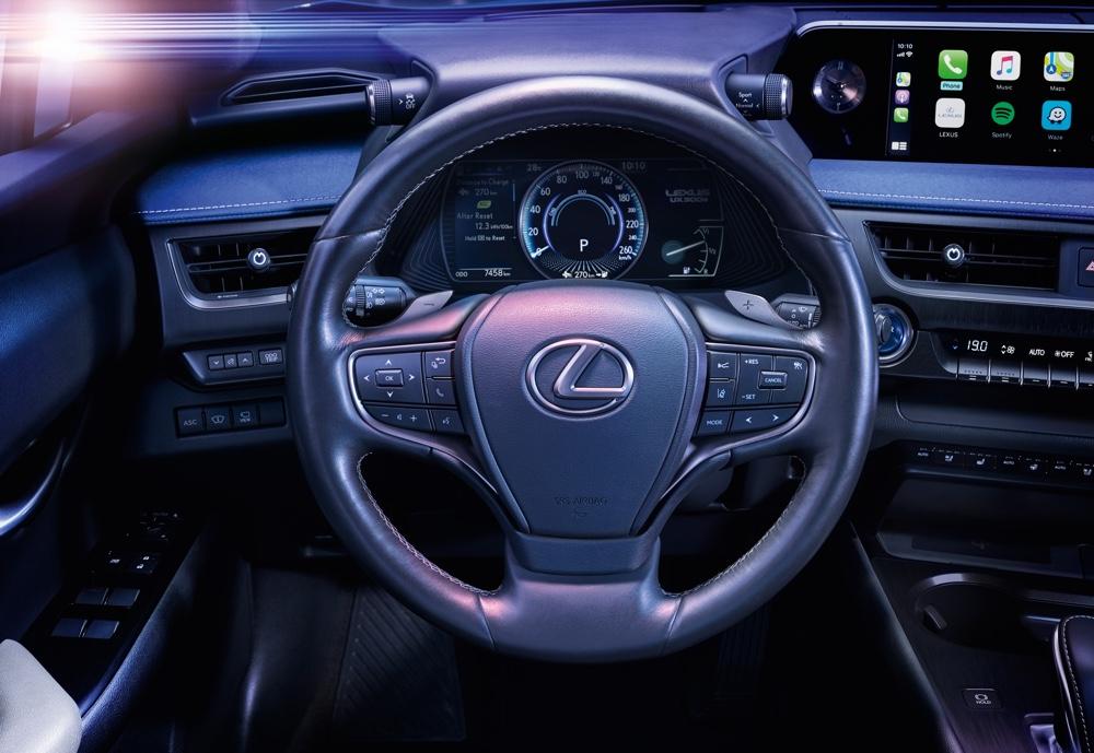 Interni di Lexus UX 300e