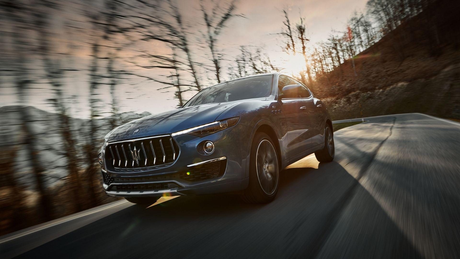 Maserati-Levante-Hybrid-anteriore