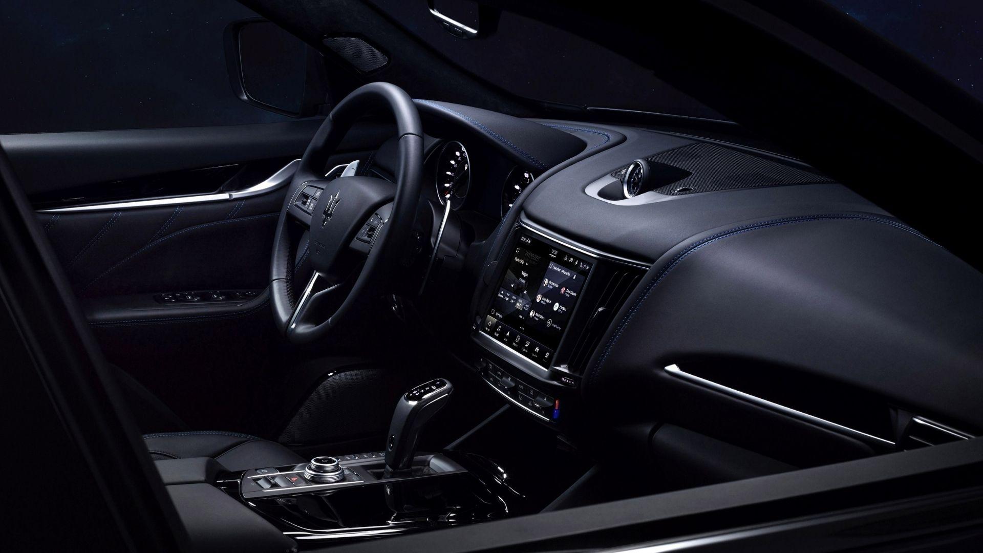 Maserati-Levante-Hybrid-interni