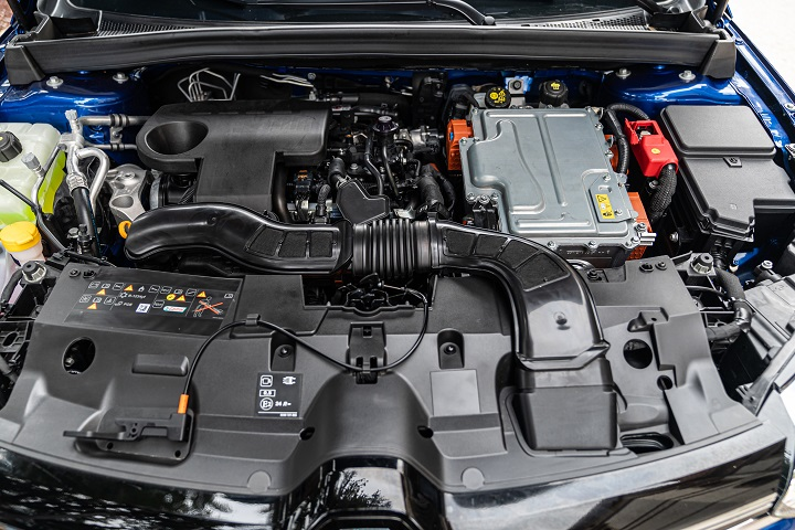 renault-mégane-sporter-e-tech-plug-in-hybrid-motore