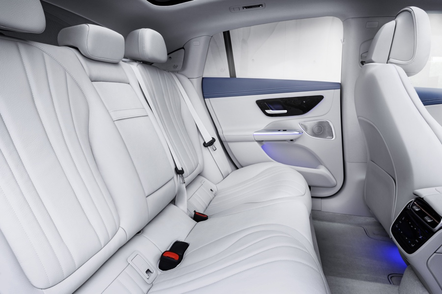 Mercedes EQE interni