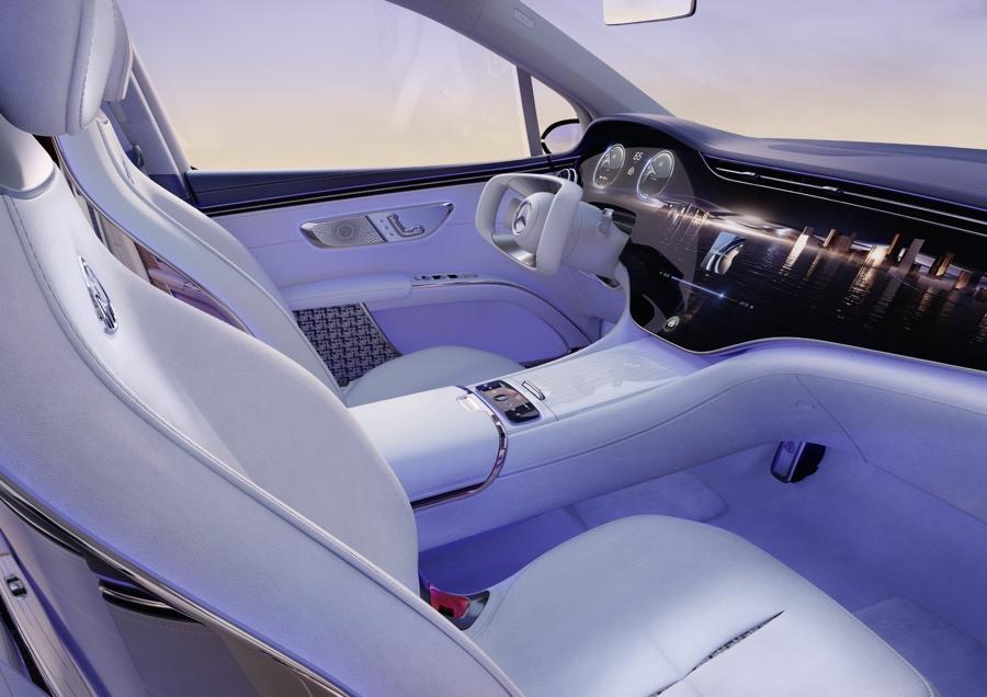 Mercedes-Maybach EQS Suv MBUX Hyperscreen