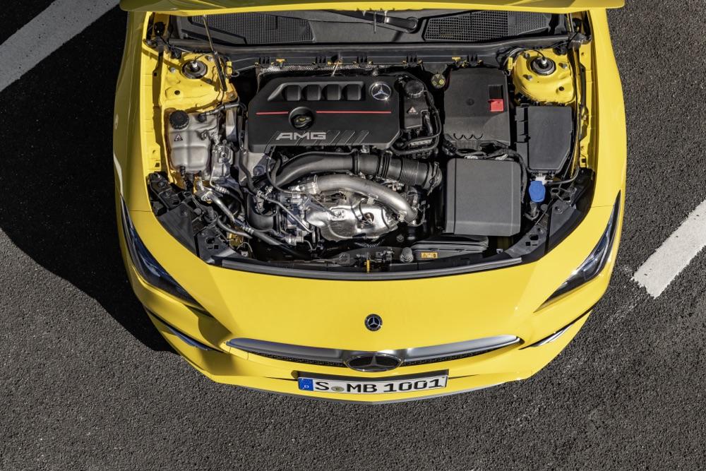 Motore 2 litri di Mercedes AMG CLA 35