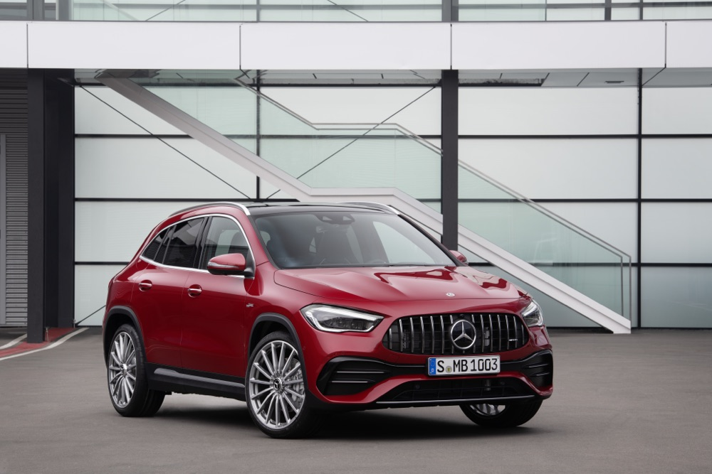 Mercedes-AMG GLA35 con AMG Track Pace