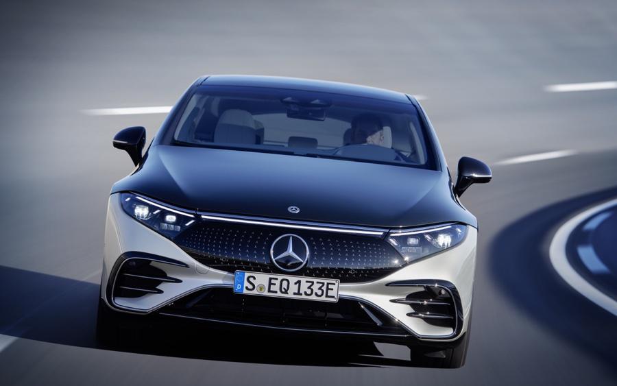 prestazioni di Mercedes EQS