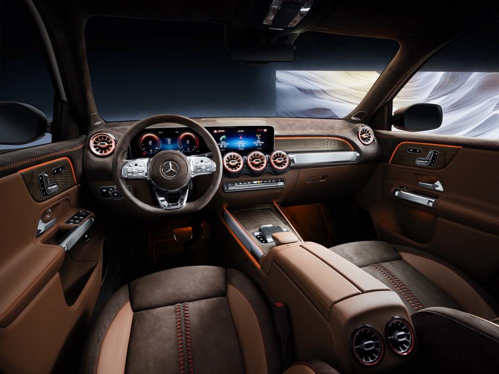Abitacolo di Mercedes GLB Concept