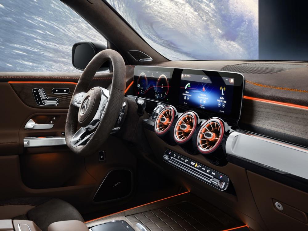MBUX su Mercedes GLB Concept