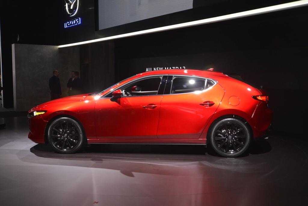 Uscita di nuova Mazda 3