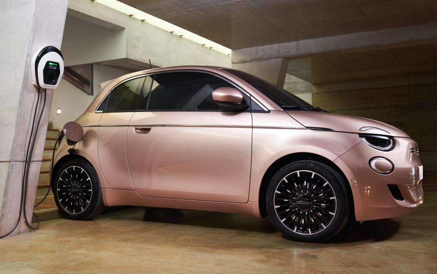 Batteria di Nuova Fiat 500 3+1