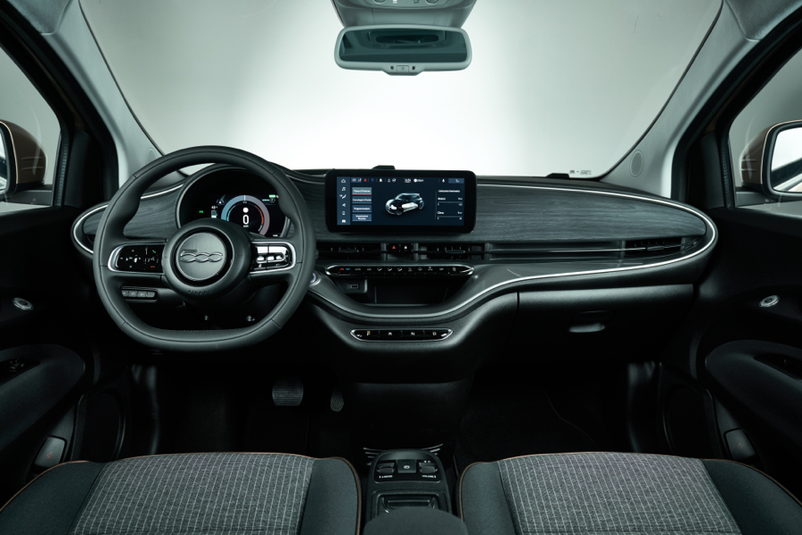 Interni di Nuova Fiat 500 3+1
