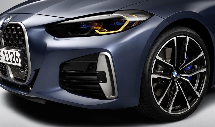 Fari Laserlight di BMW Serie 4