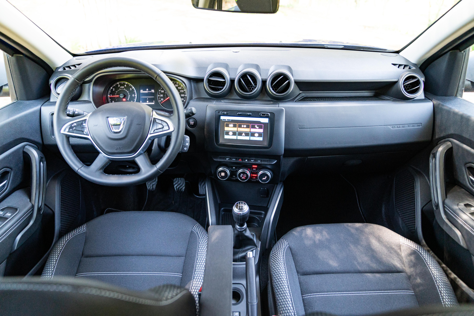 Interni-nuova-Dacia-Duster-GPL-Turbo
