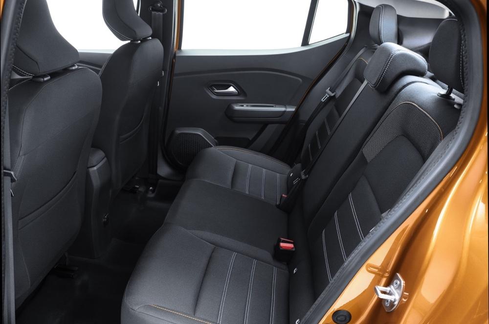 Nuova Dacia Sandero sedili posteriori