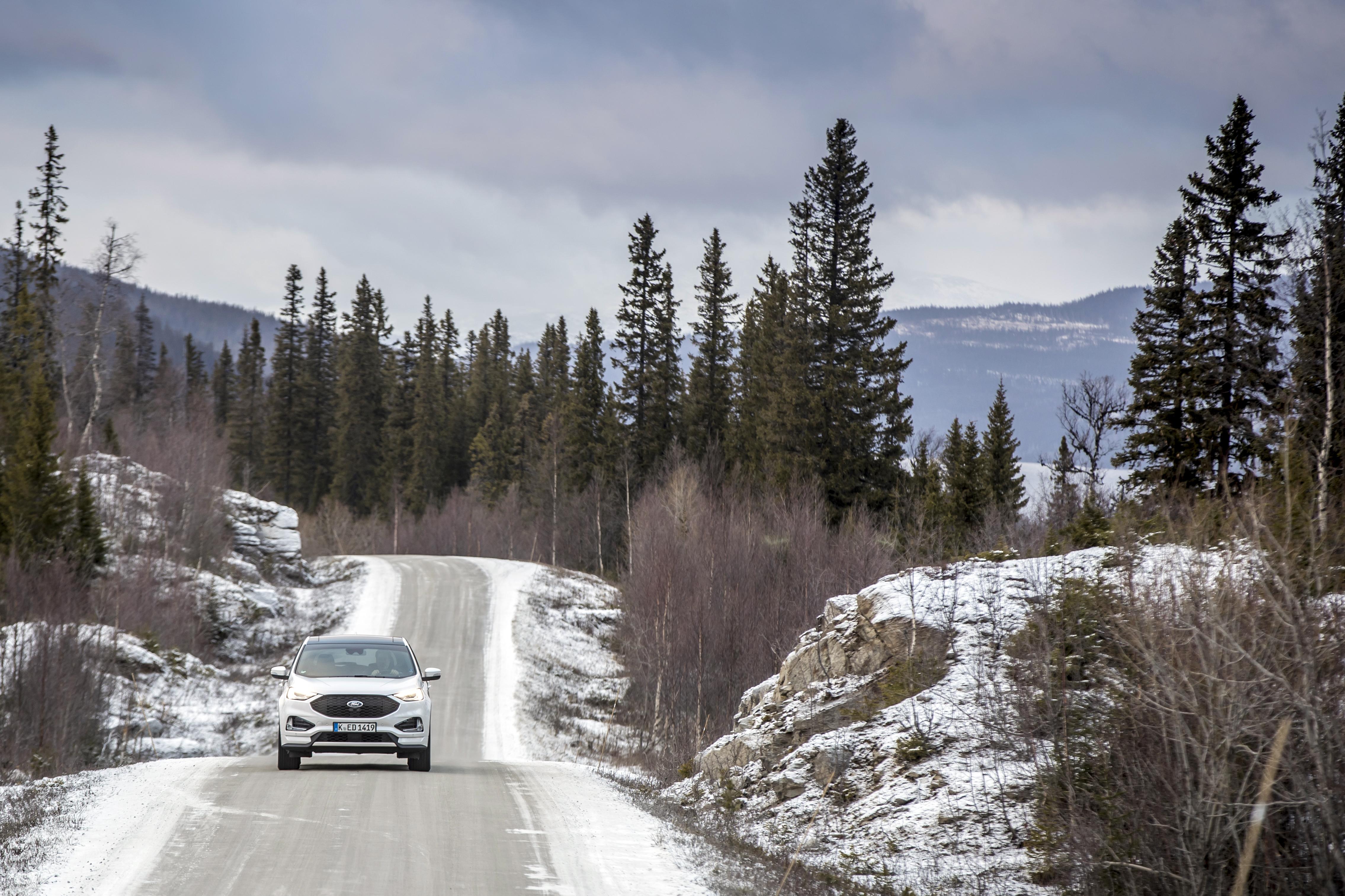 Trazione integrale nuova Ford Edge 2019