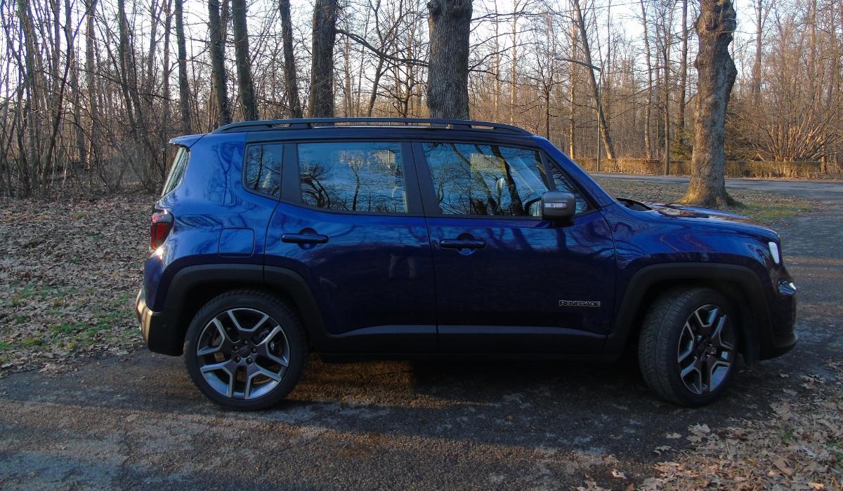 Nuova Jeep Renegade blu