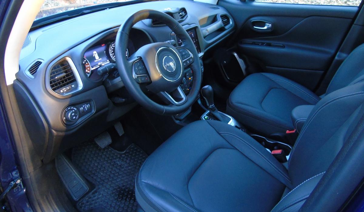 Nuova Jeep Renegade interni