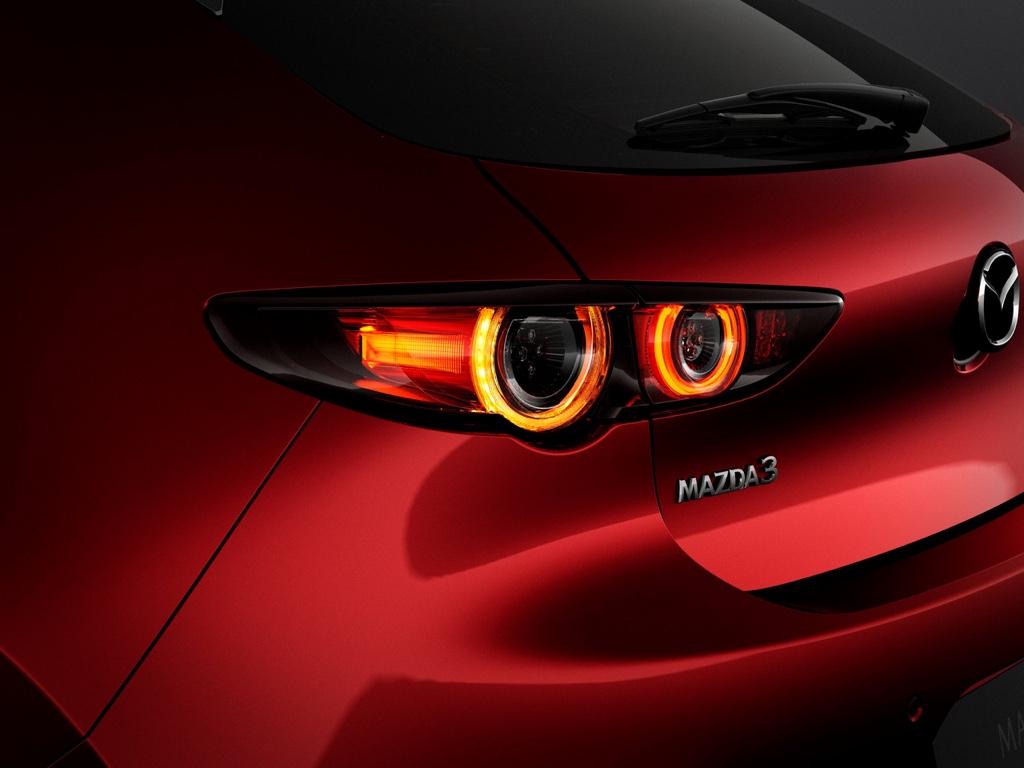 Caratteristiche nuova Mazda 3