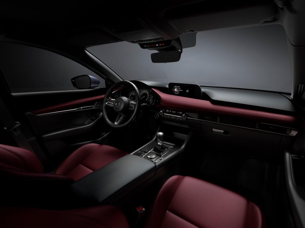 Interni di nuova Mazda 3