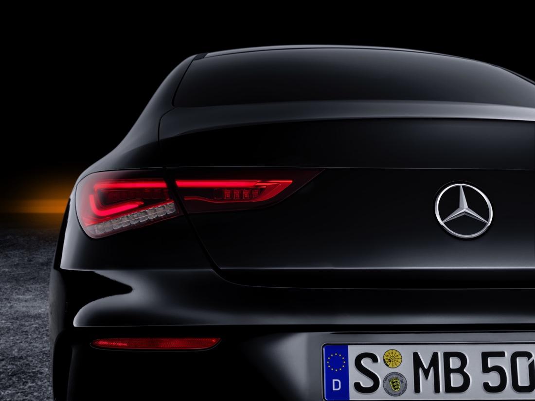 Fari a led di Mercedes CLA 2019