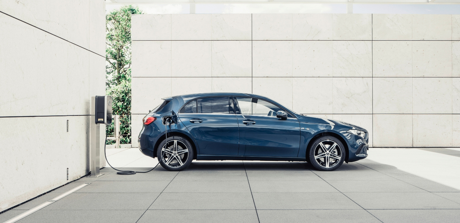Nuova Mercedes Classe A EQ Power ibrida plug-in 2020