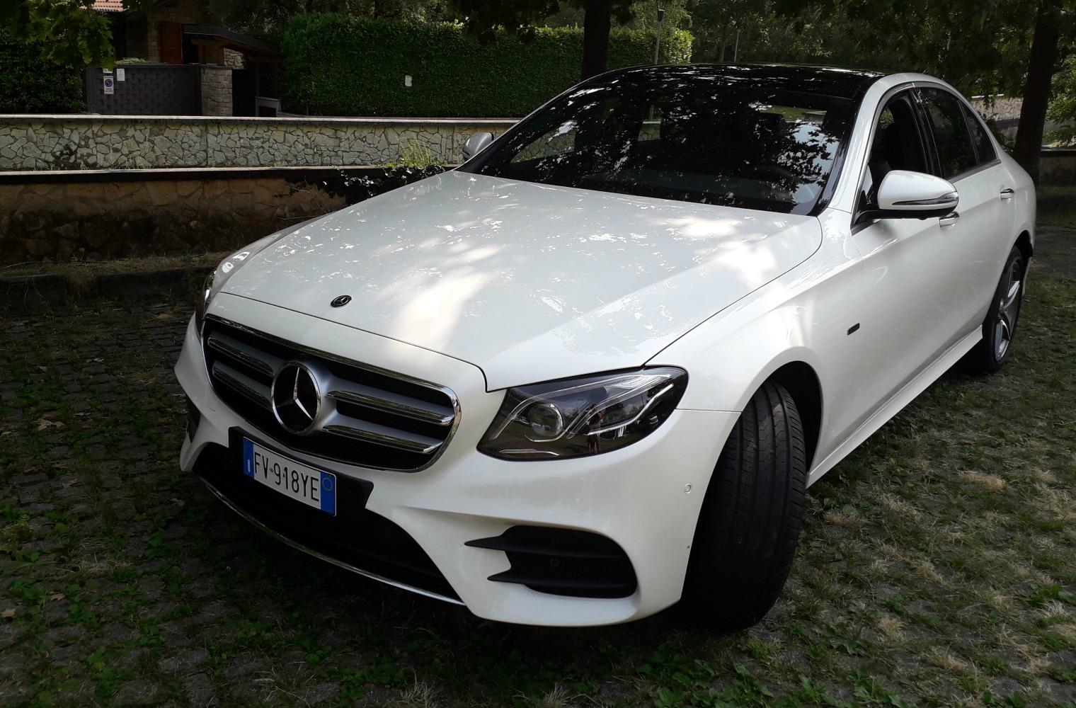 nuova Mercedes Classe E 300 de EQ Power statica