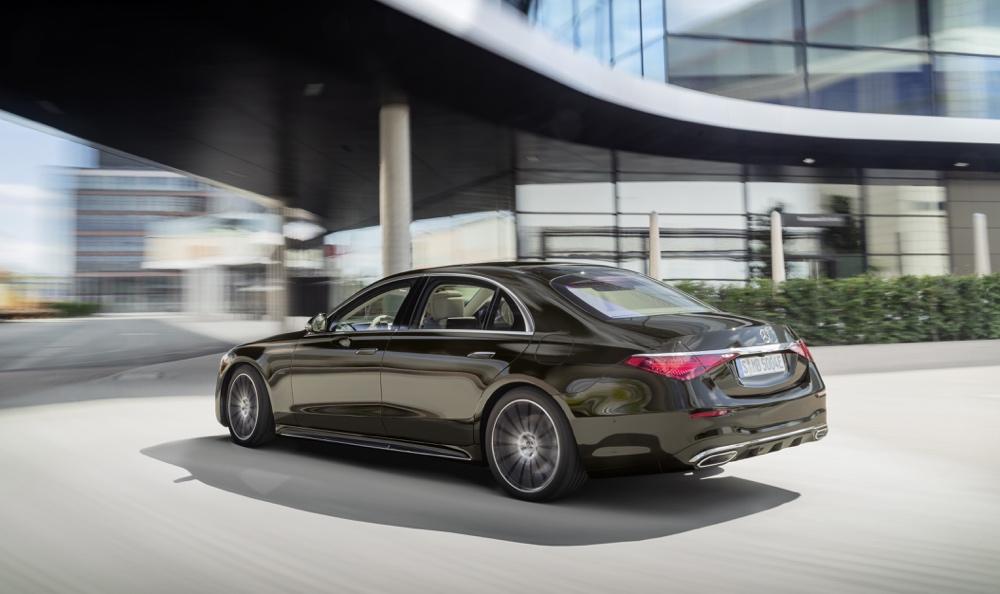 Sospensioni di nuova Mercedes Classe S