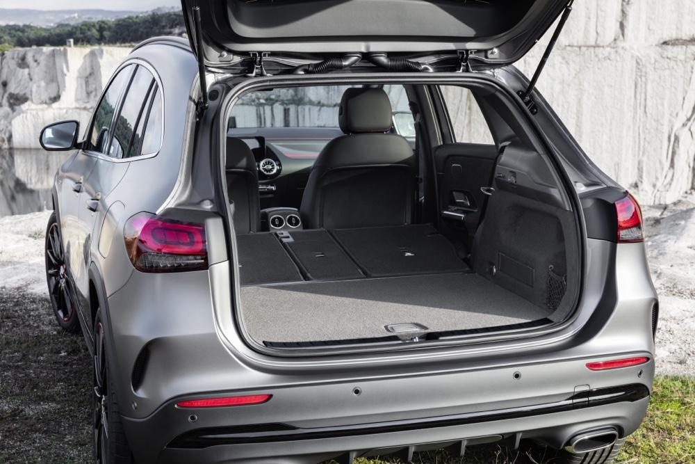 Bagagliaio di Nuova Mercedes GLA