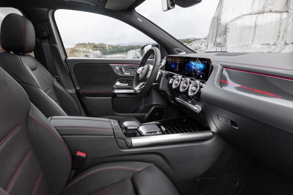 Interni di Nuova Mercedes GLA