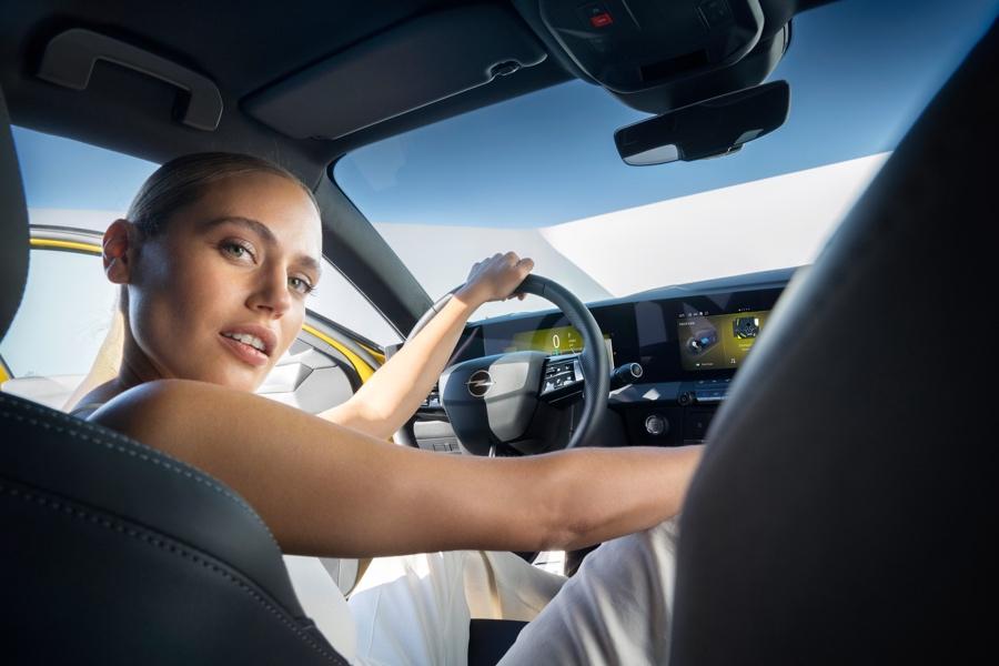 Nuova Opel Astra adas