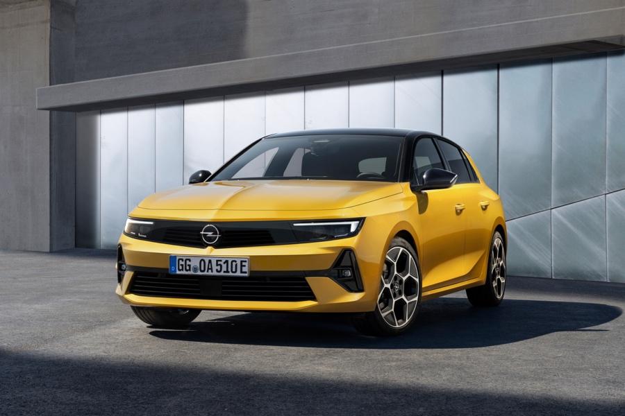 Nuova Opel Astra caratteristiche