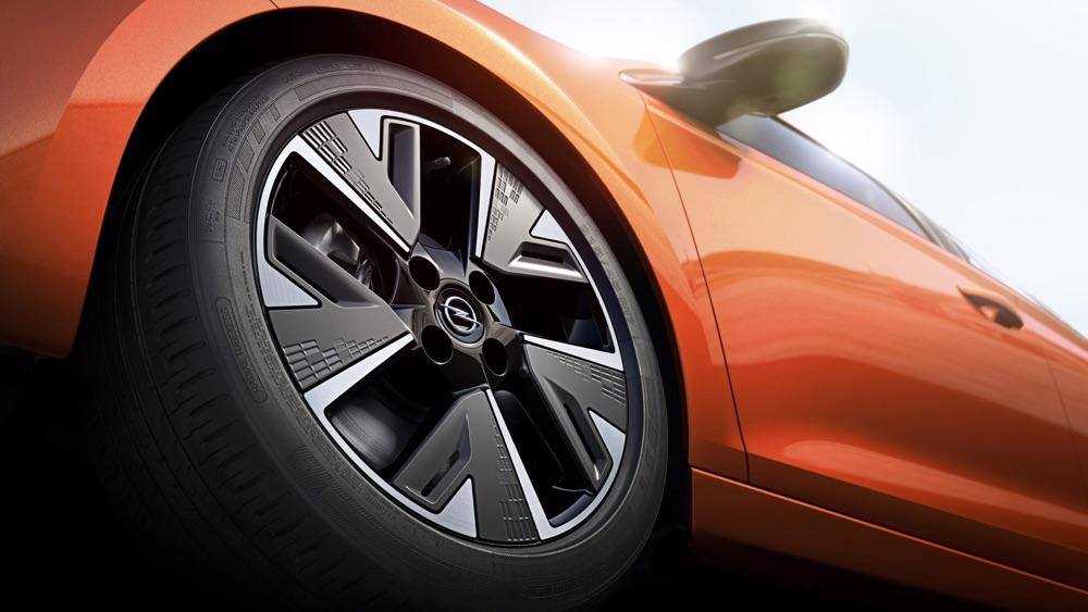 Cerchi aero di Nuova Opel Corsa elettrica