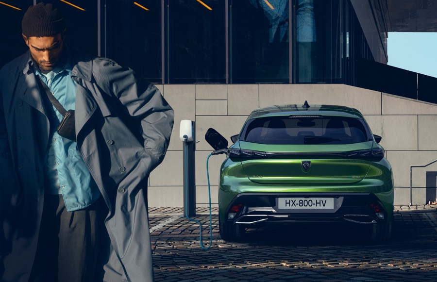 ricarica di Nuova Peugeot 308