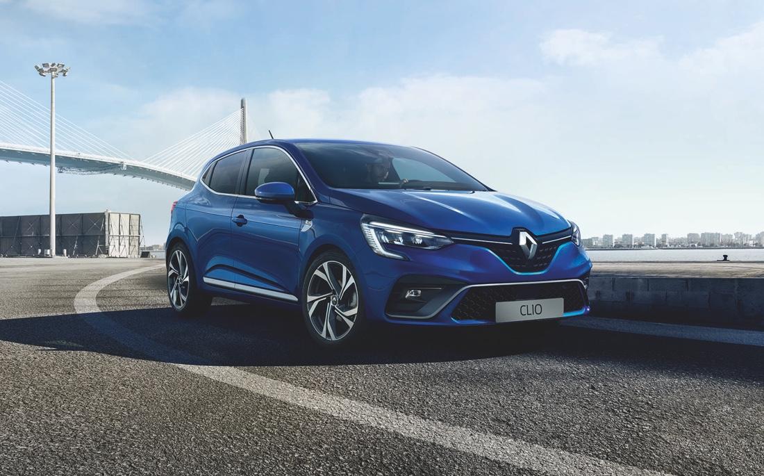 Fari full led su nuova Renault Clio