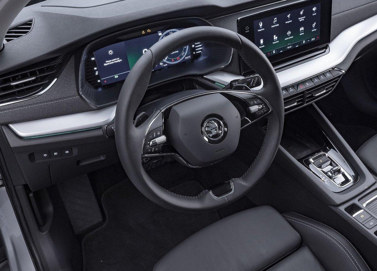 Volante di Nuova Skoda Octavia wagon 2020
