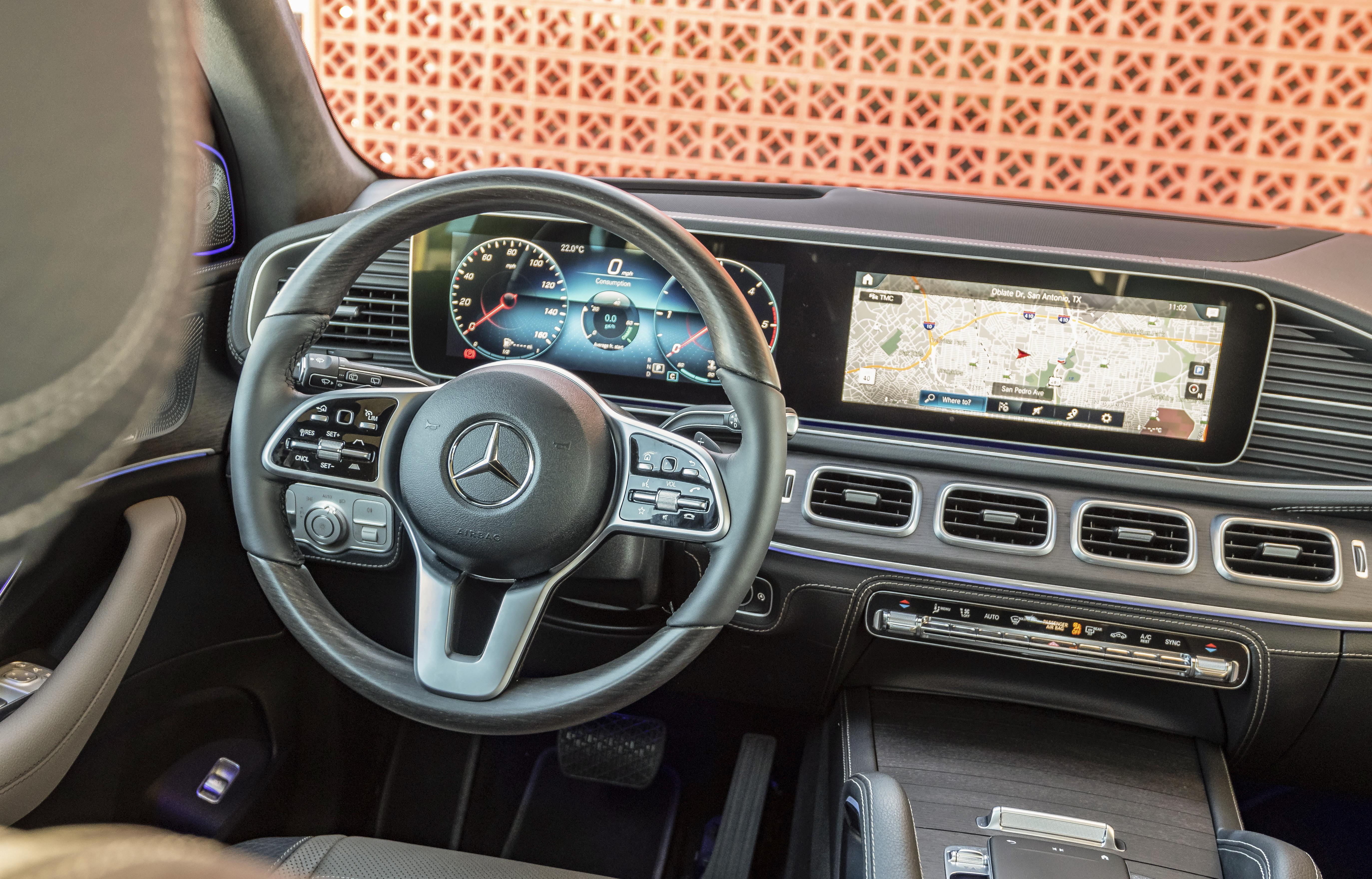 Interni nuovo Mercedes GLE