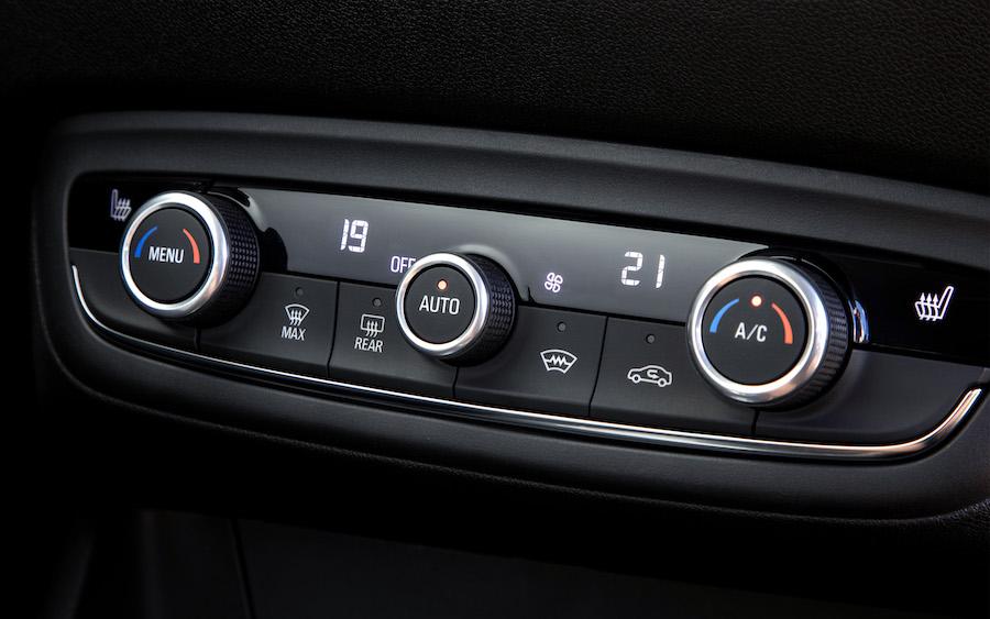 Clima bi-zona di Opel Crossland 2021
