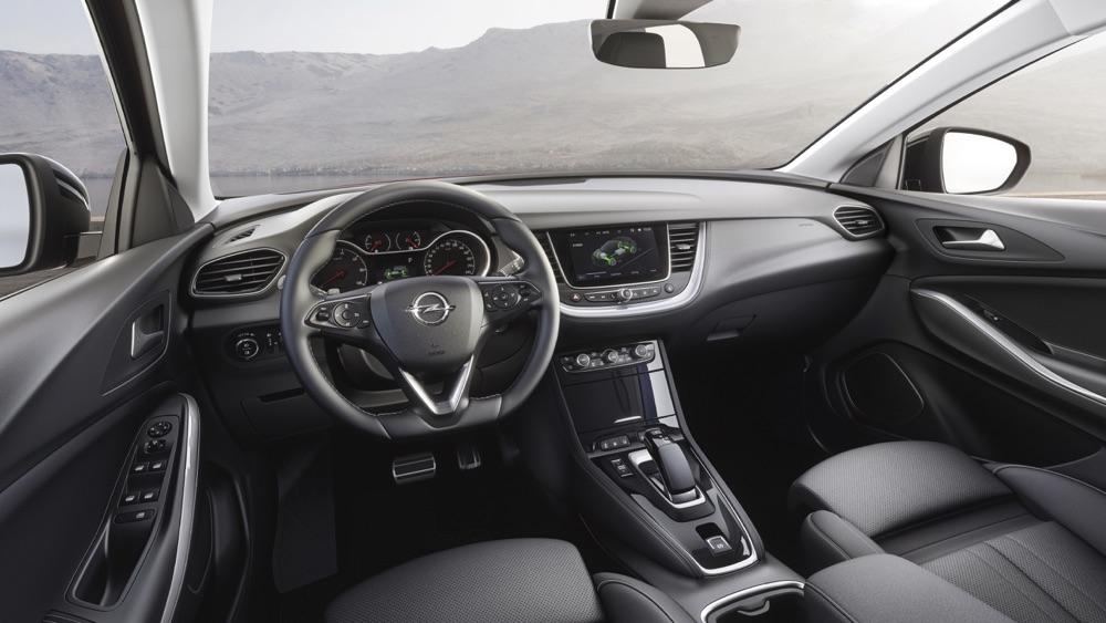 Interni di Opel Grandland X Hybrid