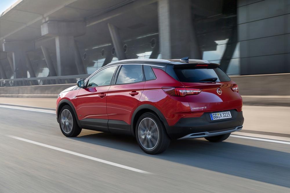 Uscita di Opel Grandland X Hybrid