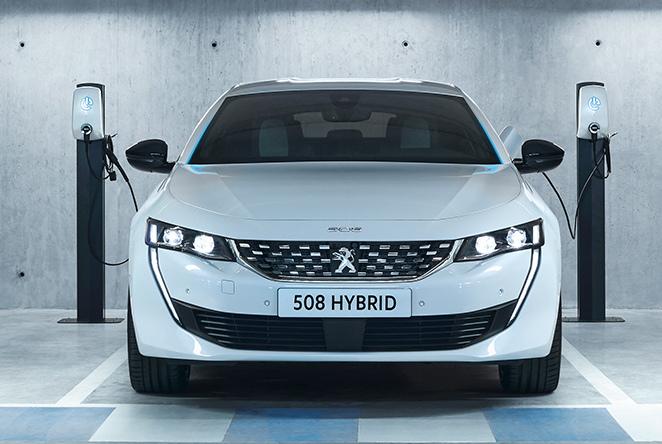 peugeot-508-hybrid-anteriore-esterni