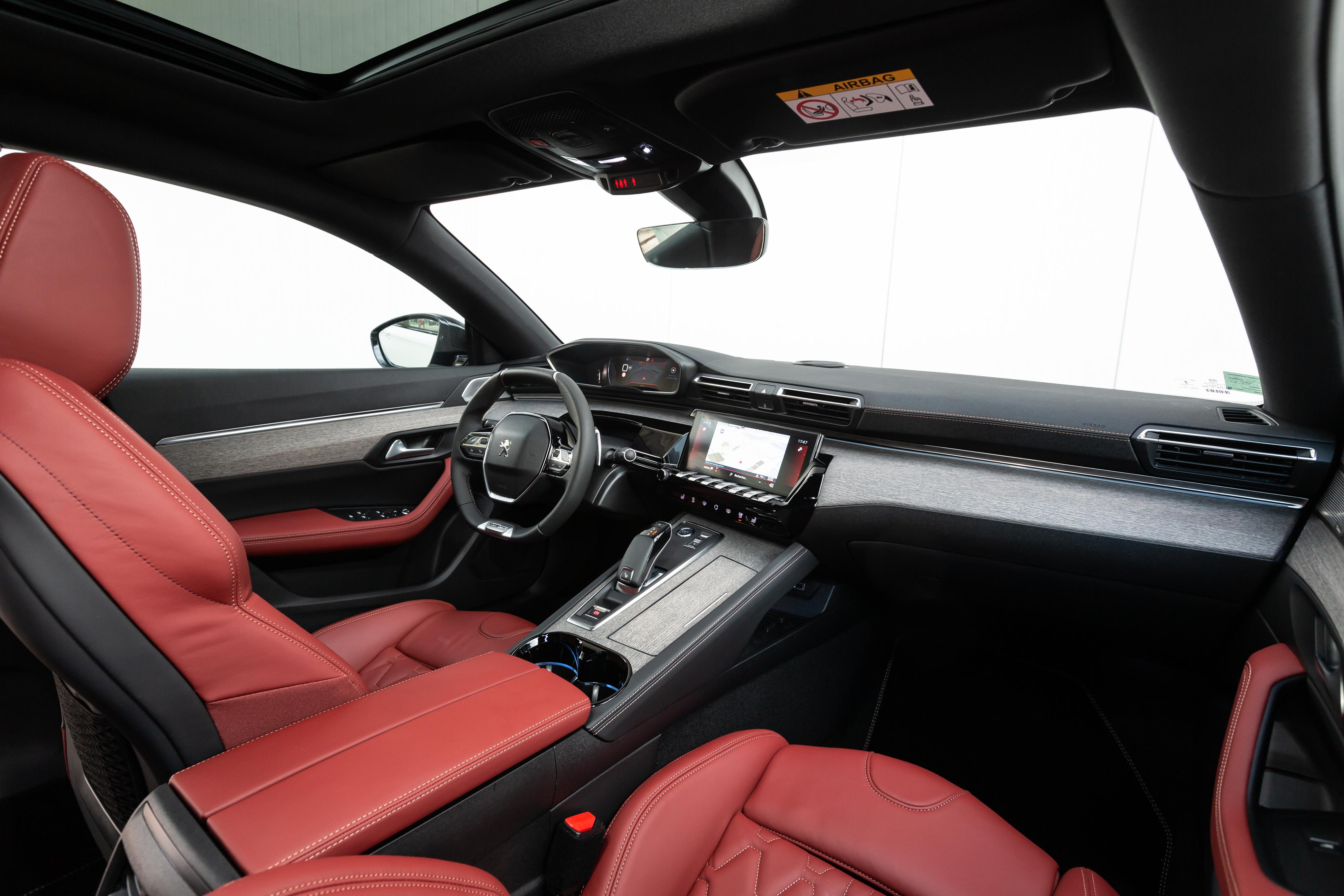 Peugeot-508-interni