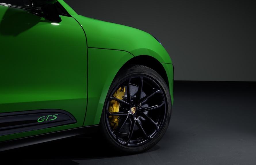 Porsche Macan 2021 gts cerchi 21