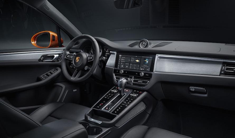 Porsche Macan 2021 interni