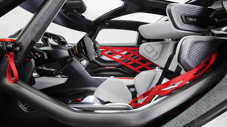 Porsche Mission R interni
