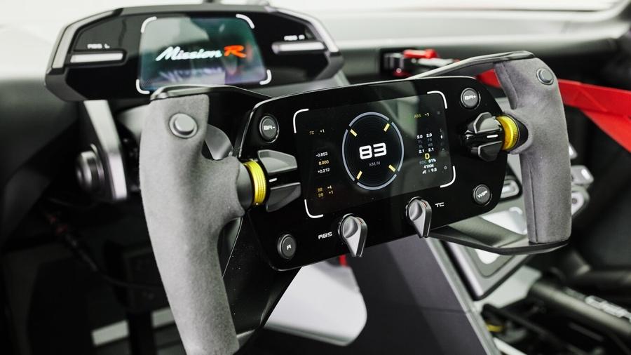 Porsche Mission R volante