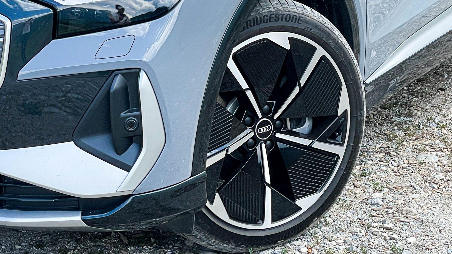Audi-Q4-e-tron-cerchi