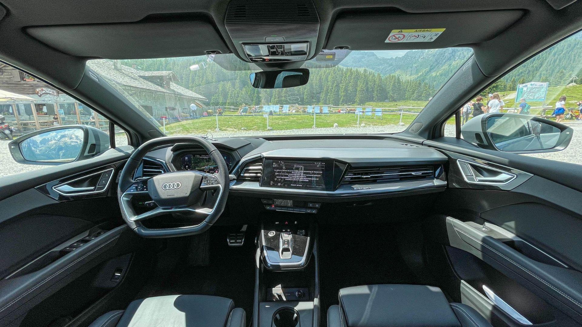 Audi-Q4-e-tron-interni